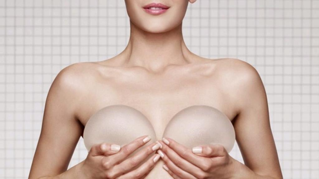 Aumento de Senos con Implantes